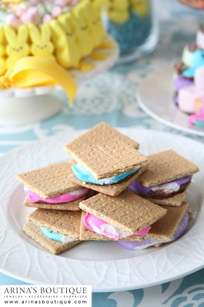PEEPS, Easter, Easter Centerpieces, centerpieces, spring, spring has sprung, easter party, PEEPS party, peeps party, I love Peeps, Peeps recipes, Peeps crafts, crafting with Peeps, Peeps cupcakes, cupcakes, bunnies, Peeps S'Mores, s'mores, s'more