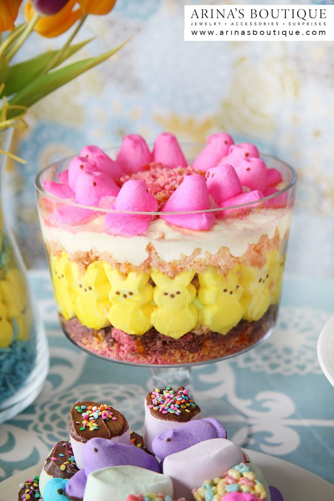 PEEPS, Easter, Easter Centerpieces, centerpieces, spring, spring has sprung, easter party, PEEPS party, peeps party, I love Peeps, Peeps recipes, Peeps crafts, crafting with Peeps, Peeps cupcakes, cupcakes, bunnies, Peeps Trifle, trifle